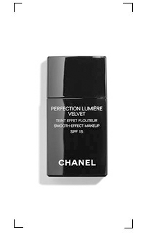 Chanel / PERFECTION LUMIERE VELVET SPF 15