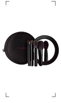 Chanel / LES MINI DE CHANEL  COLLECTION DE 5 MINI PINCEAUX ESSENTIELS EDITION LIMITEE