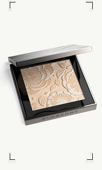Burberry / RUNWAY PALETTE ILLUMINATING POWDER FACE & EYES